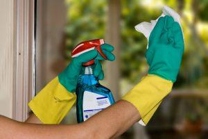 Aprenda como limpar janelas e vidros em sua casa